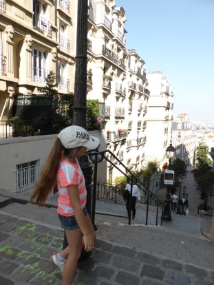 Wandering the streets of Montmartre