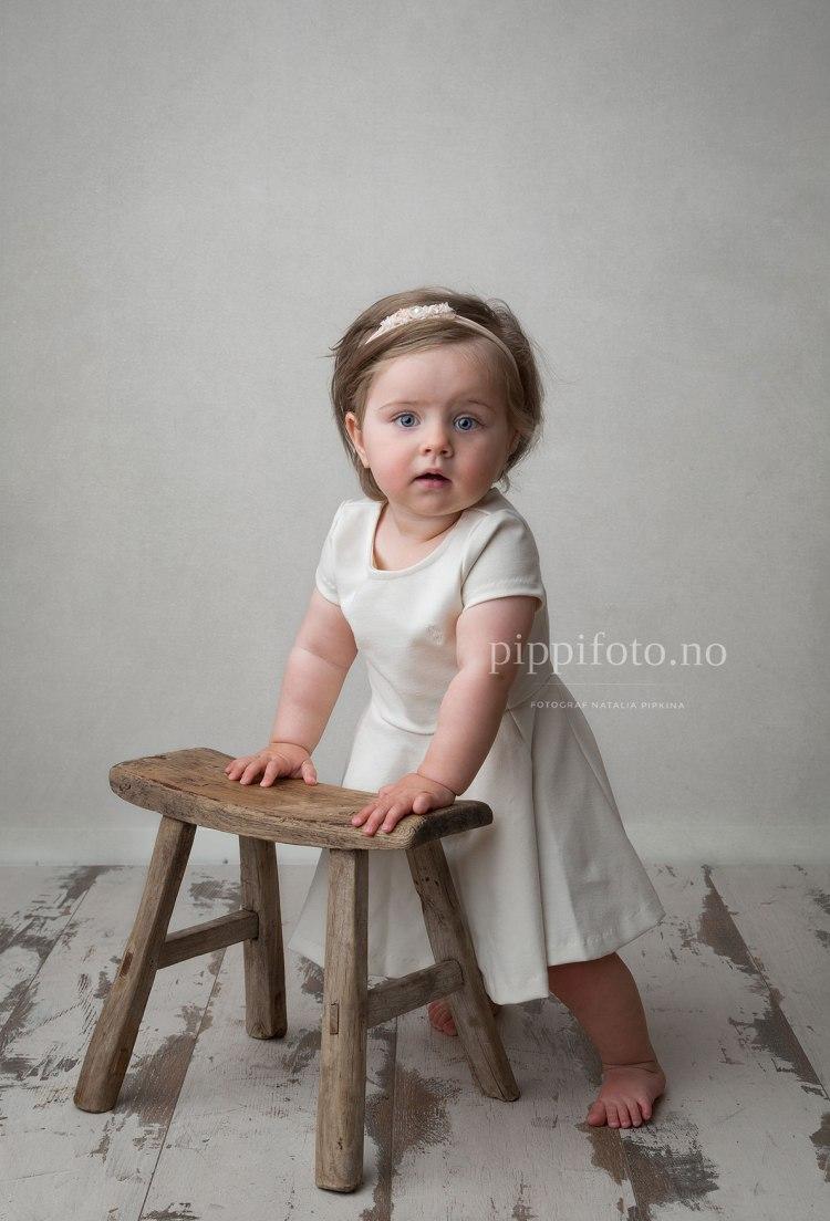 babyfotografering-ettårsfotografering-barnefotografering-familiefotografering-oslo-studiofotografering