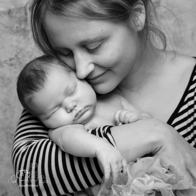 familiefoto-nyfoedtfoto-babyfotograf-oppegaard