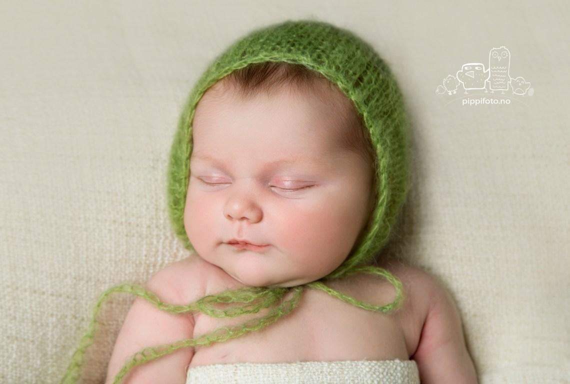nyfoedtfotograf-nyfoedtfotografering-nyfoedt-babyfotograf-babyfoto