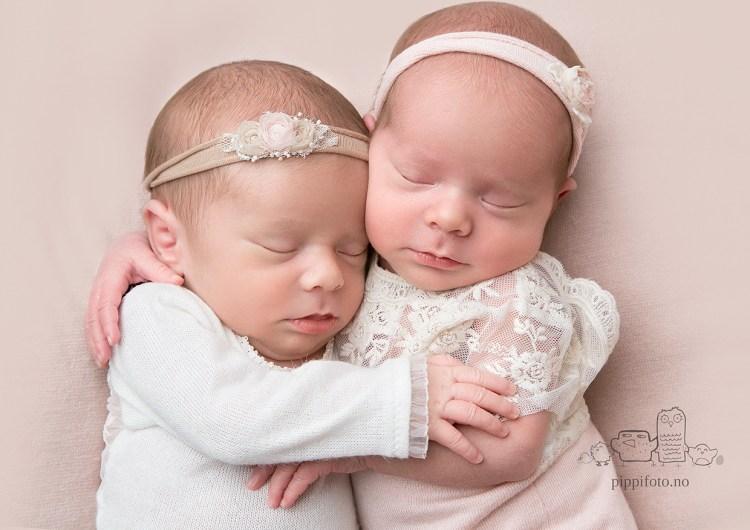 nyfødtfotograf-oslo-nyfoedtfotografering-oppegaard-nyfoedt-tvillinger-babyfotograf