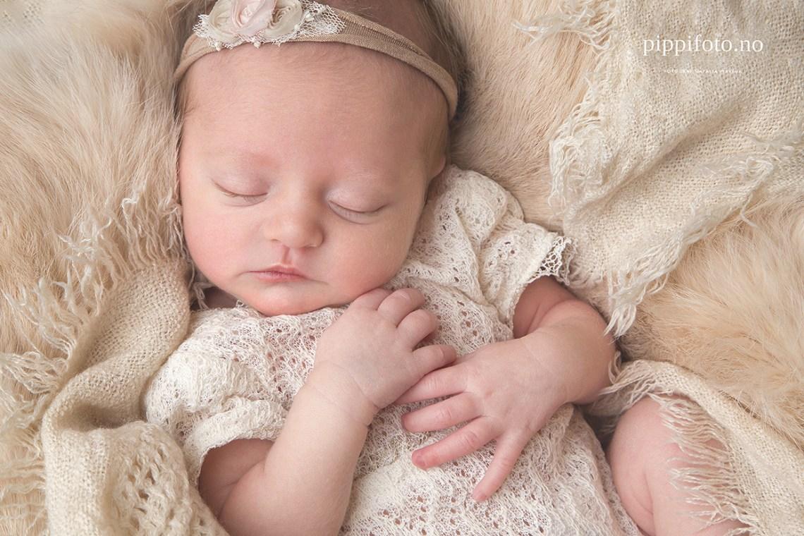 nyfødtfotografering-akershus-nyfødtfotograf-babybilder-babyfotografering