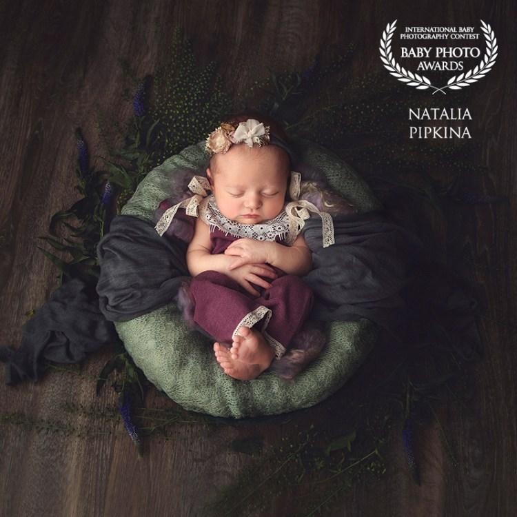baby-photo-awards-nyfødtfotografering-nyfødtbilder-nyfødtjente-gravidfoto-klær-til-nyfødt