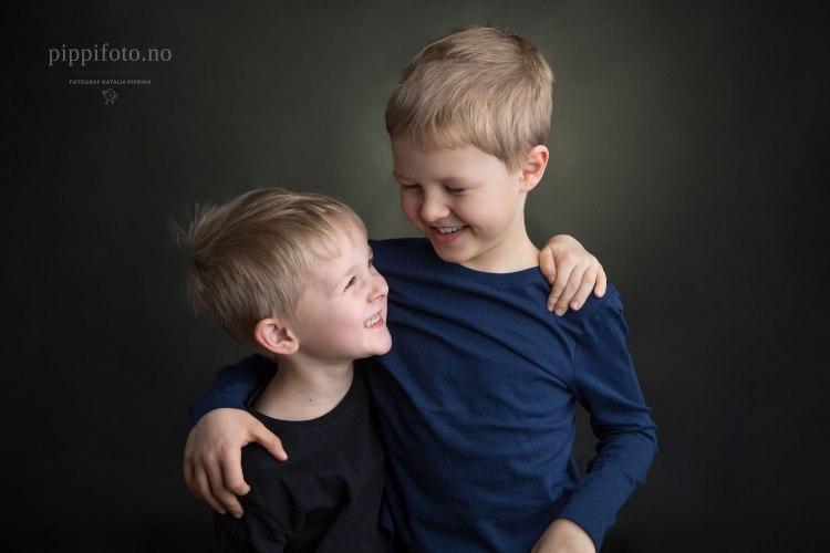 søskenfotografering-søskenbilder-familiefotografering-oslo