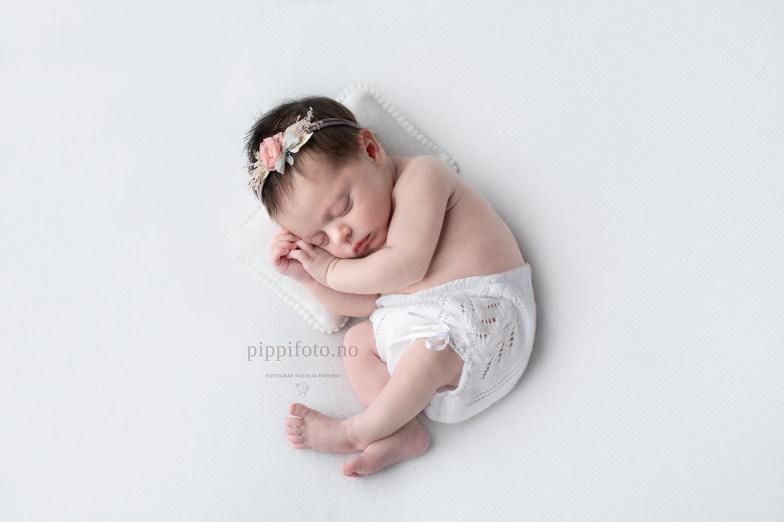nyfødtfoto_nyfødtbilder_nyfødtfotografering_oppegård_fotograf_oslo_barnefotograf