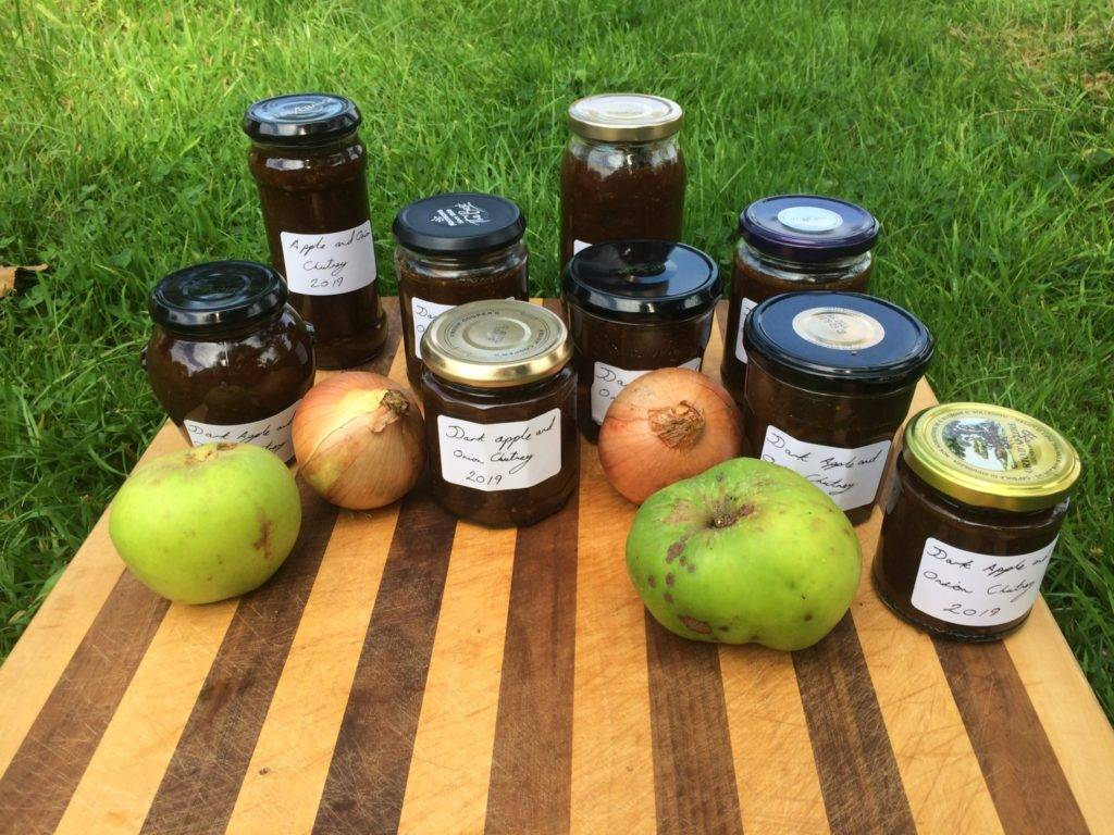 Chutney Making - Foraging and Preserving - Pippin & Gile