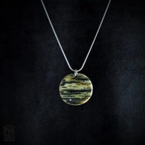 bijou précieux en ivoire de mammouth sur argent massif Jewelry sterling silver chain mammoth ivory