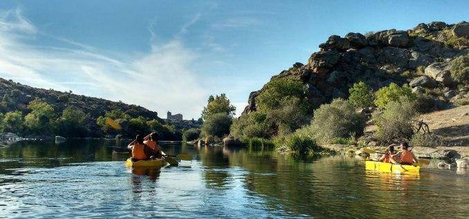 regalo especial a tu pareja: descenso en canoa por el río Tormes