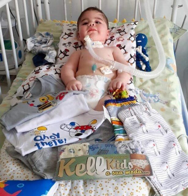 Uma foto do pequeno Davi Luís, bebê que sofria de AME (Atrofia Muscular Espinhal)