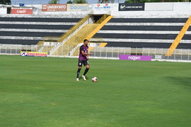 Atacante Fabinho chega por empréstimo no XV e se torna reforço para a Copa Paulista