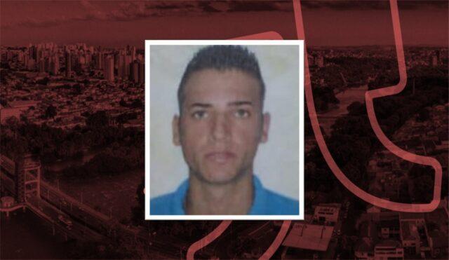 Uma foto do motoqueiro de 23 anos morto no acidente