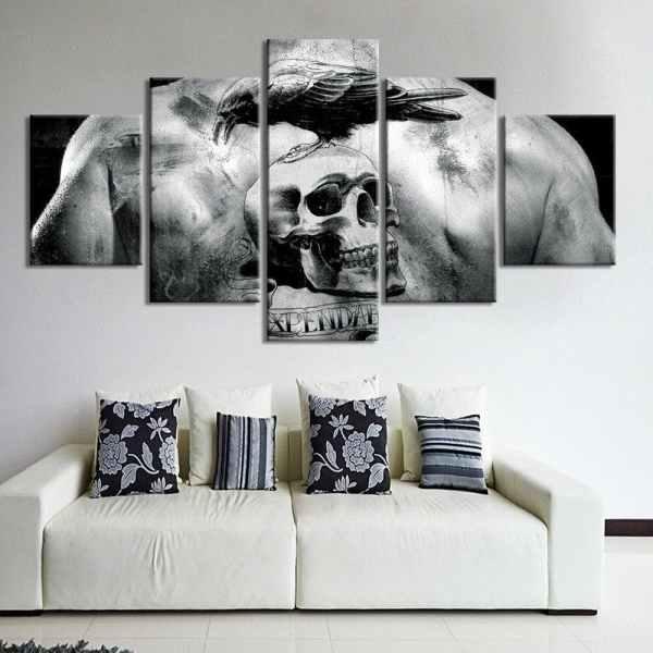 Skull tattoo painting on wall
