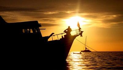 Similan Island Liveaboard at sunset