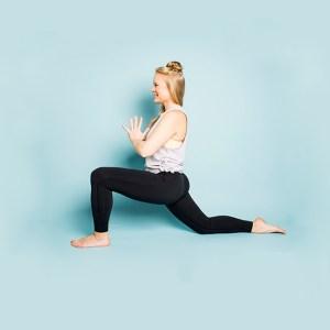 Vinyasa on füüsiline joogatund, milles olen ühendanud viimase kümne aasta jooksul praktiseeritud ja õpitud teadmised manuaalteraapiast, erinevatest massaažitehnikatest ning joogastiilidest. Vinyasa jooga tunnis on rõhk keha liikuvuse parandamisel, lihaste tugevdamisel, koordinatsioonil ning keha-meele koostööl. Vinyasa jooga ei sea reegleid ega pane piiranguid, iga tund on õpetaja looming ja kummardus õpilaste ees.