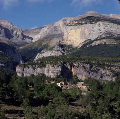 Escuain, en pleno Parque Nacional de Ordesa