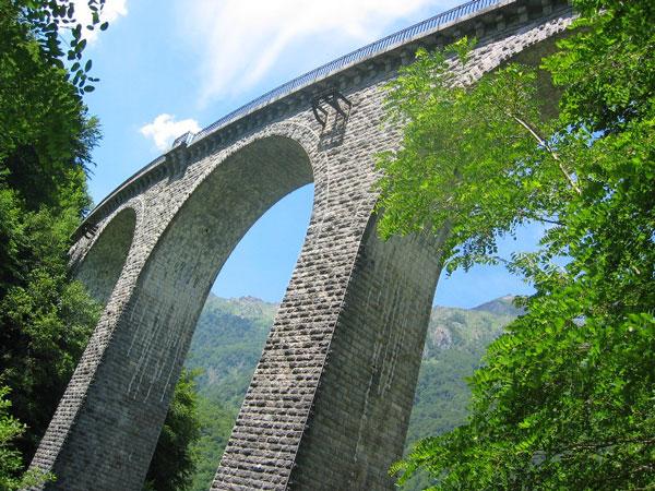 Viaducto de Arnous