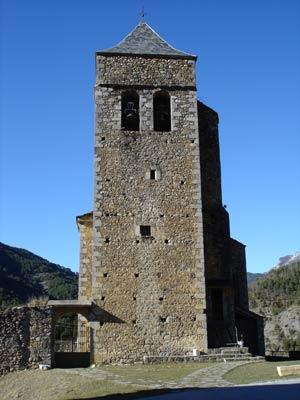 torre de la iglesia de Badaín