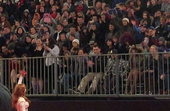 Stef waving to the crowd at the Mockingjay 2 premiere