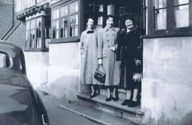 Mrs Huckle with her two daughters Hermione and Betty in 1950.