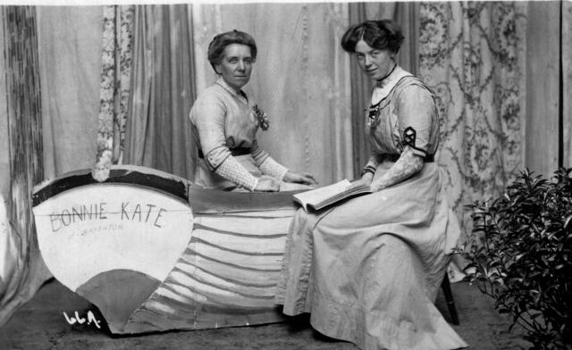 Vera's mother Ruth Wilshere on the right and Ruth's sister Kate on the left