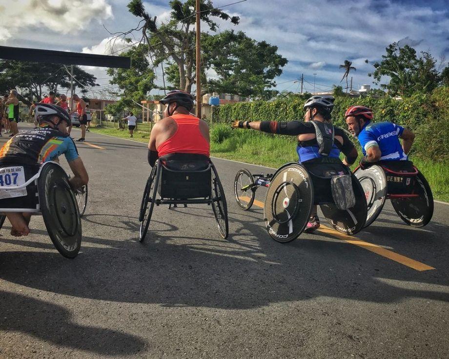 Atletas categoría silla de ruedas