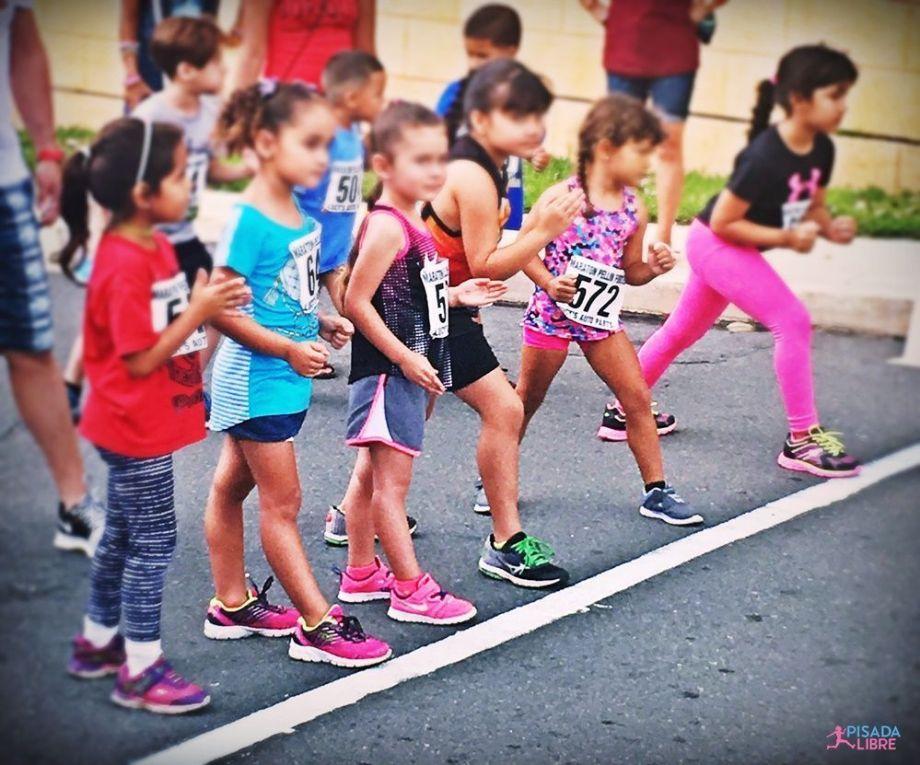 niñas running