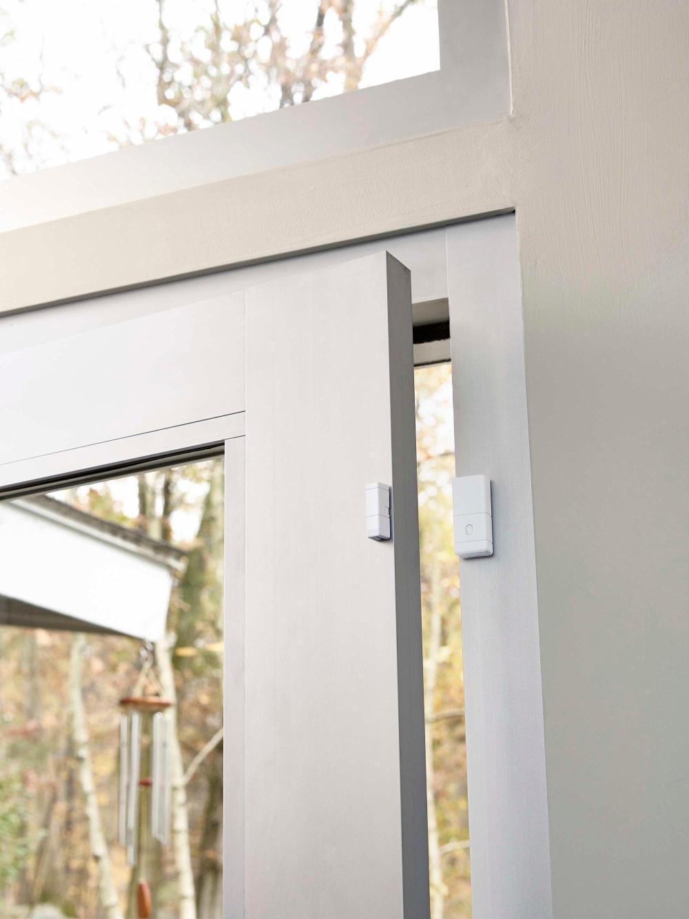 medium resolution of best buy samsung smartthings adt wireless smart door and windows sensor white f adt dw 1