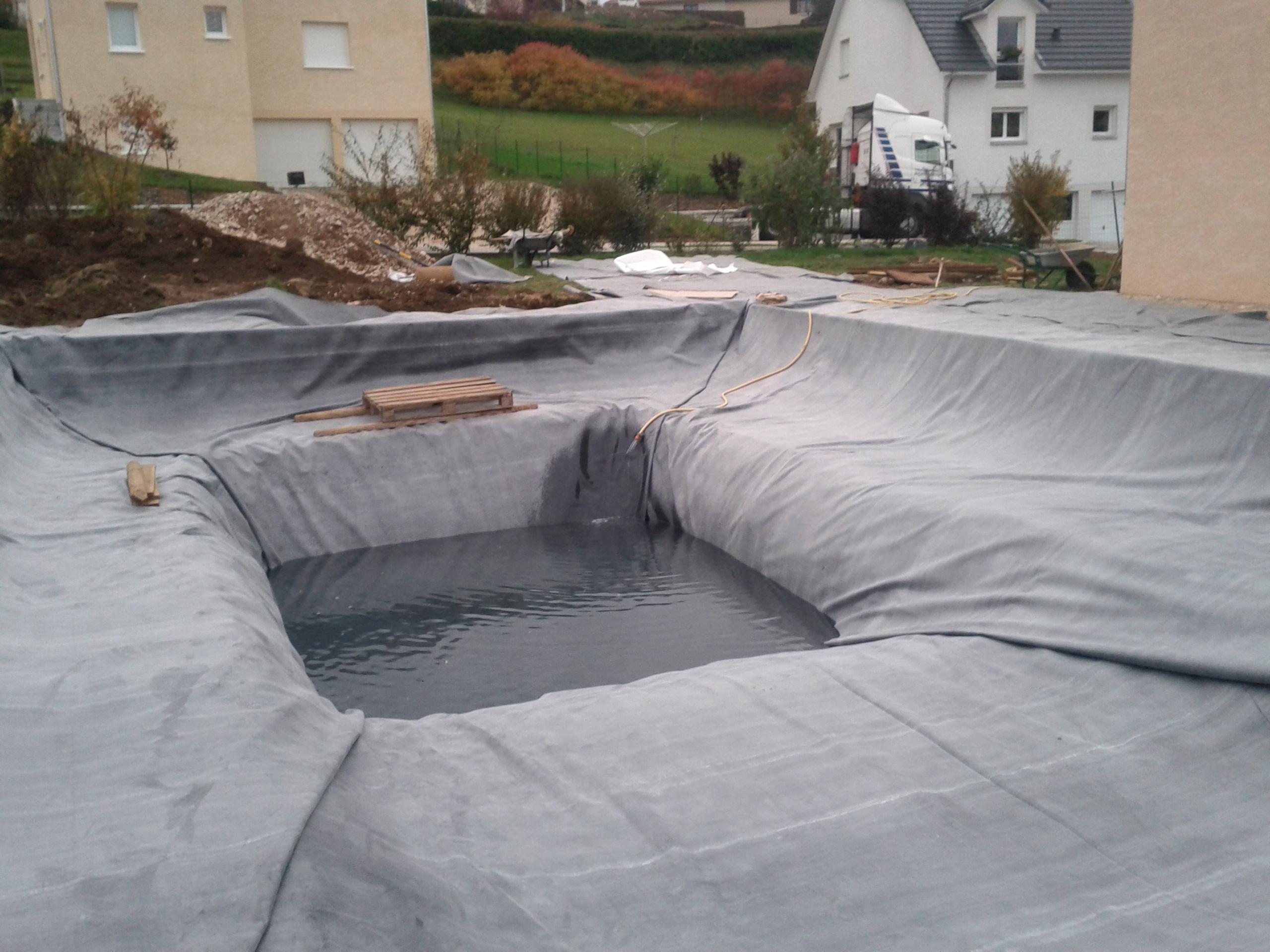 Pose de la b che epdm et mise en eau piscine for Bache epdm belgique