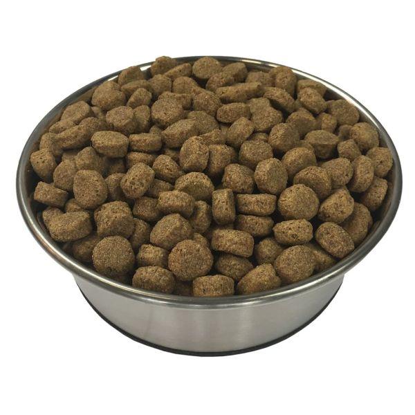 Hrană uscată pentru câini Adult Essence Beef 2 buc. 30 kg