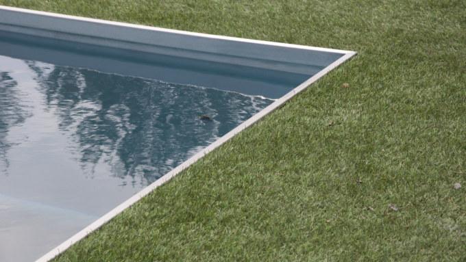bordures de piscine Linoxydable