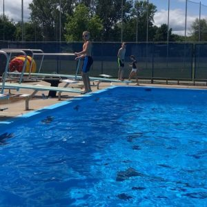 Diving at Valois