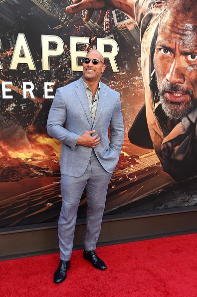 Dwayne Johnson asiste al estreno de 'Skyscraper' en Nueva York en el AMC Loews Lincoln Square el 10 de julio de 2018 en la Ciudad de Nueva York.  (Foto de Michael Loccisano / Getty Images)
