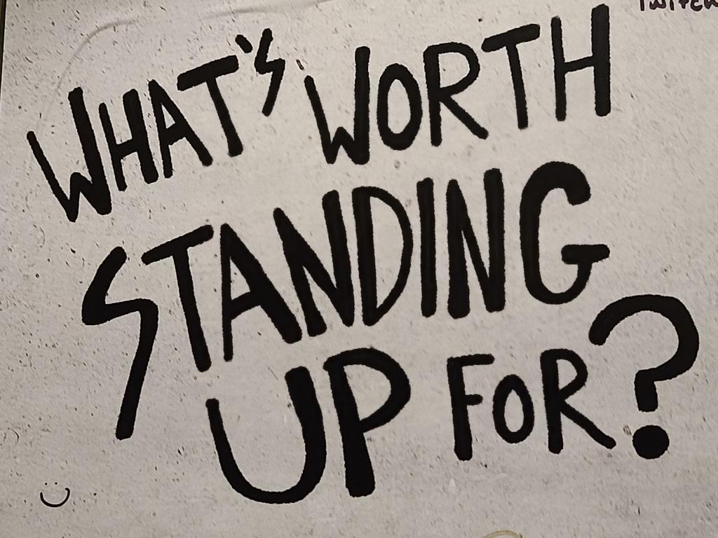 What's worth standing up for? [Question Neutralność]