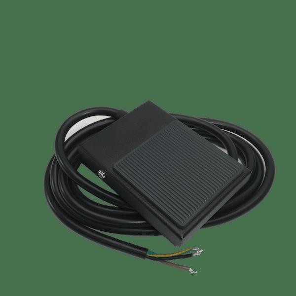 pedale electrique en metal noir