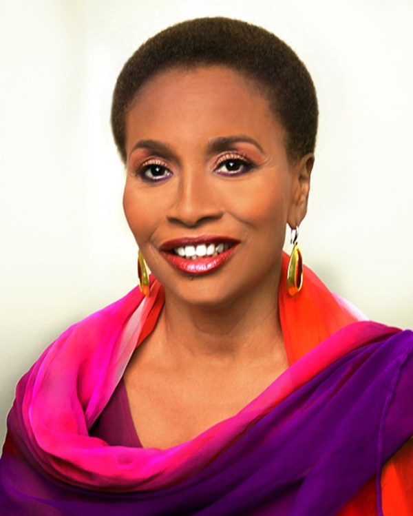 Jenifer Lewis Star In And Executive Produce Ventura Boulevard In-hale Entertainment
