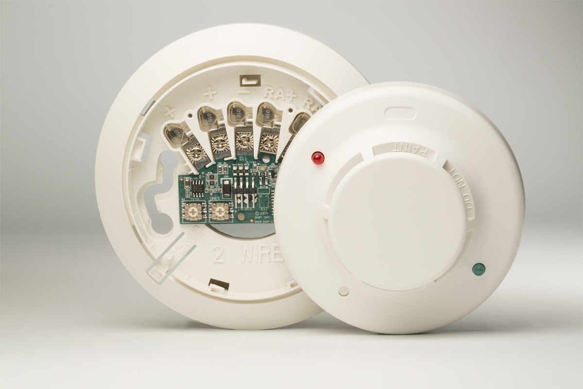 hight resolution of dmp introduces 2w blx and 2wt blx addressable smoke detectors