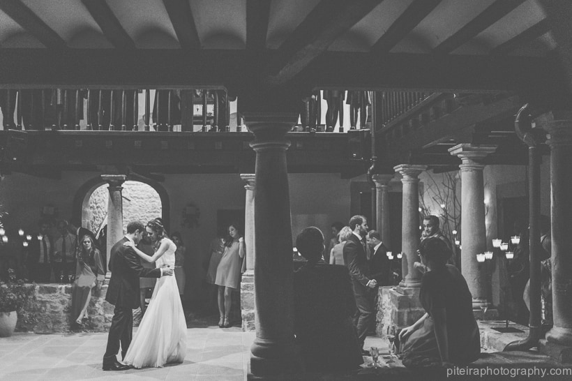Destination wedding Oviedo Spain