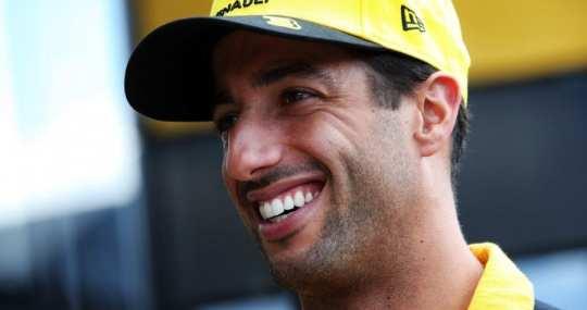Ricciardo sonríe en Spa