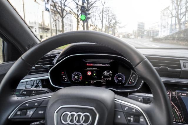Audi Traffic Light activado