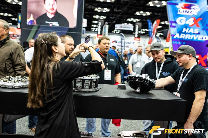 The 2019 Performance Racing Industry Show Ushers In New Trends