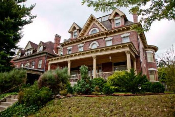 victorian-friendship-house