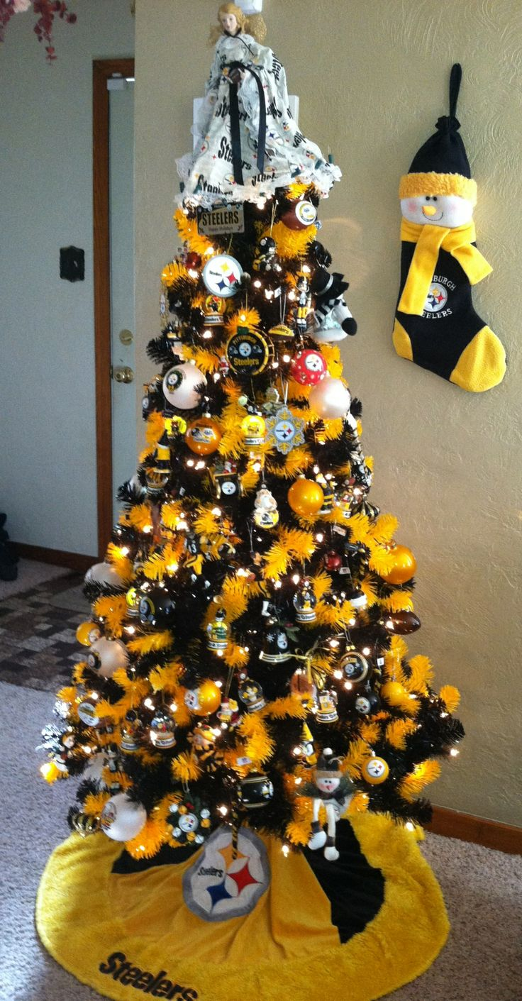 Steelers Fan Christmas Tree