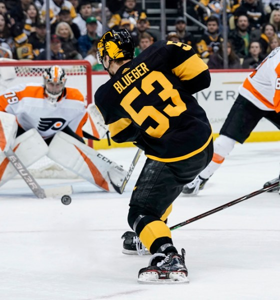 Teddy Blueger Pittsburgh Penguins