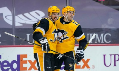 Pittsburgh Penguins Bryan Rust, Sidney Crosby
