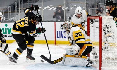 Pittsburgh Penguins Tristan Jarry,, Boston Bruins Craig Smith