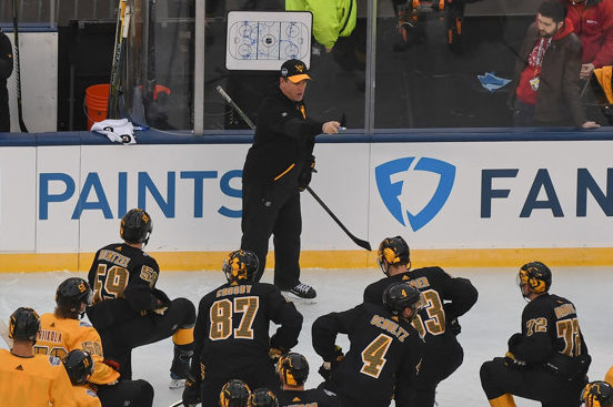 11b0d82a386 These Penguins Are Mike Sullivan's Best Coaching Job