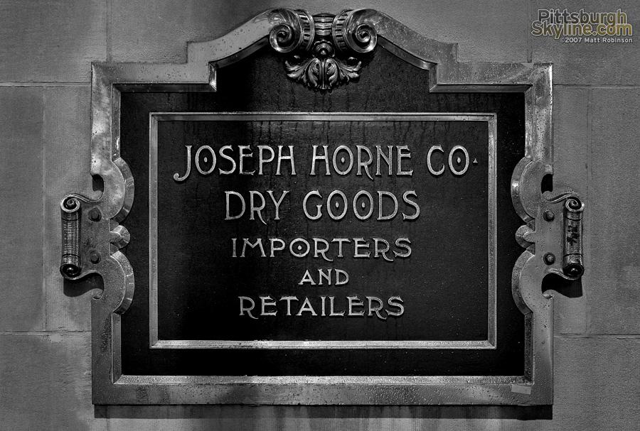 Original Hornes sign