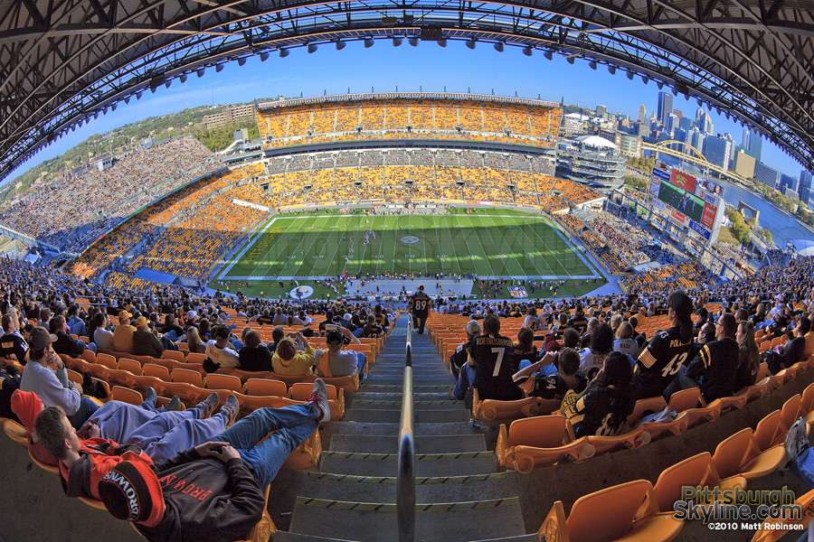 Fisheye of Heinz in the last seconds of a Steelers win over the Browns