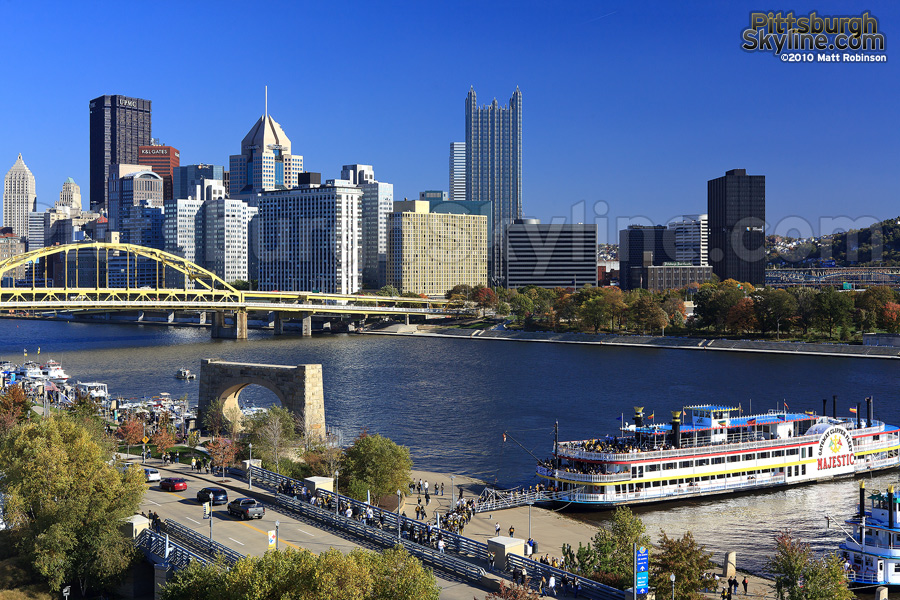 Gateway Clipper and the Pittsburgh Skyline