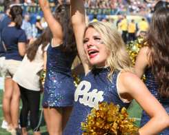 Pitt Cheerleaders September 10, 2016 (Photo credit: David Hague)